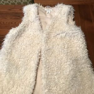 Faux fur cream vest